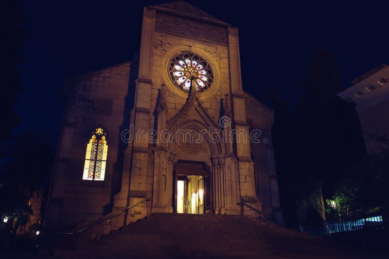 Католическая христианская церковь на ноче Готское зодчество Крым yalta стоковое фото