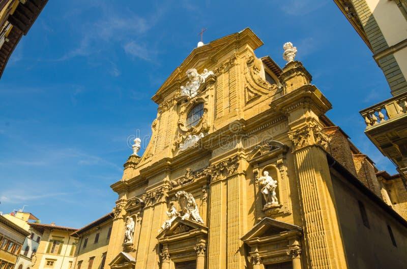 Католическая церковь Chiesa di Сан Мишель на квадрате Antinori degli аркады в историческом центре Флоренс стоковые изображения