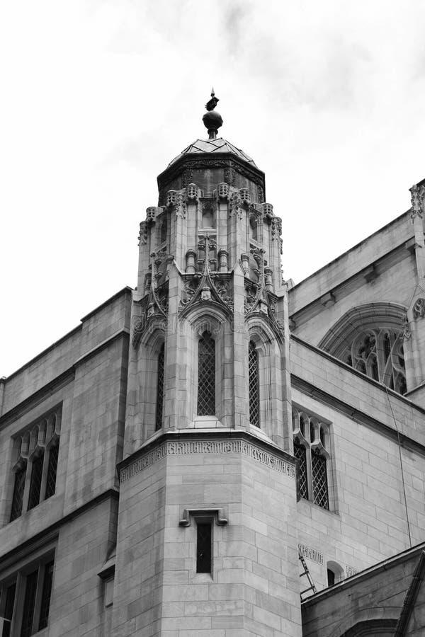 Католическая церковь NYC St. Thomas стоковые изображения