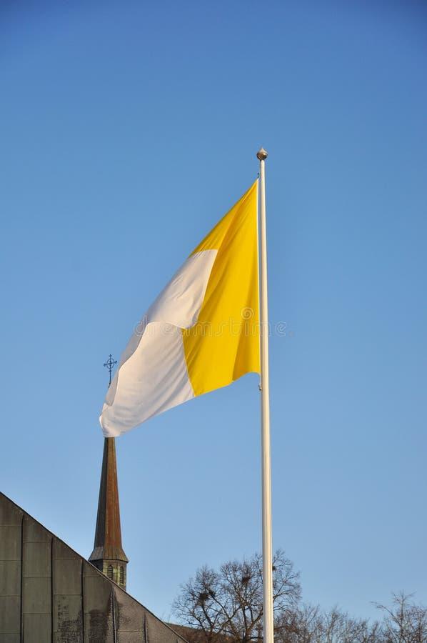 Католический флаг стоковые изображения rf