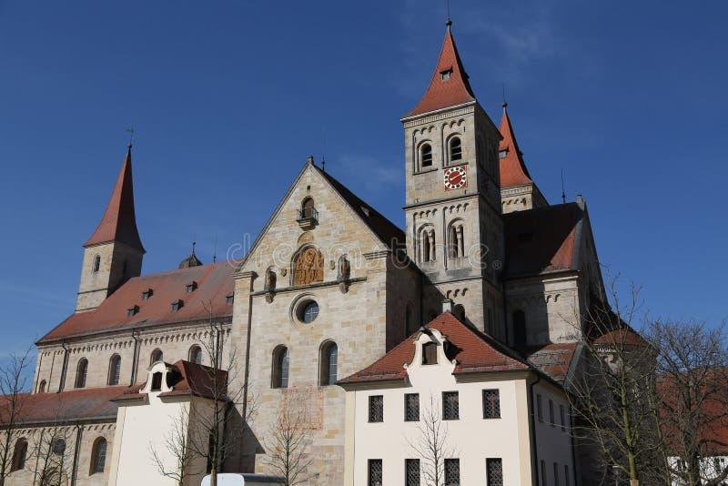 Католический St Vitus базилики в Ellwangen, Германии стоковое изображение