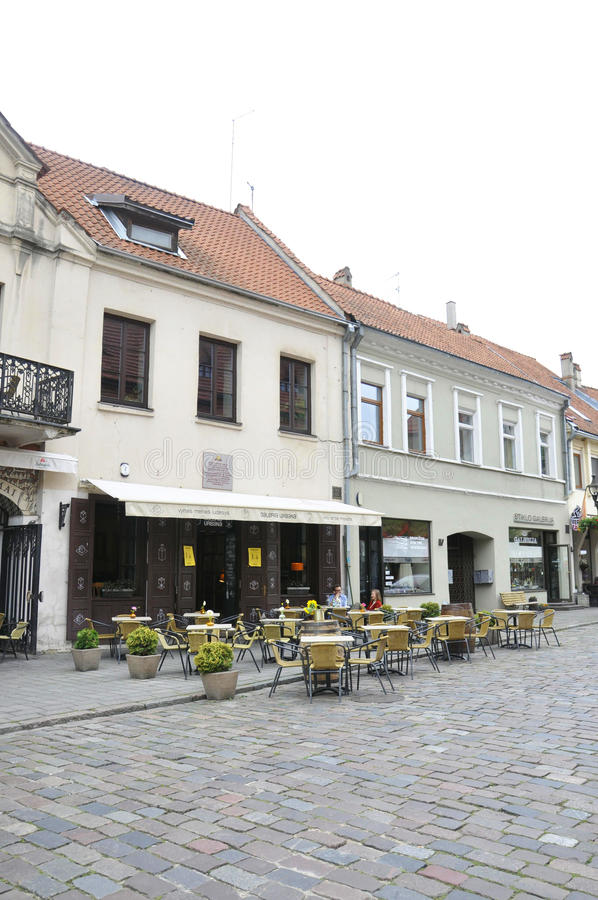 Каунас 21,2014-Terrace -го август в историческом разбивочном Каунасе в Литве стоковые фотографии rf