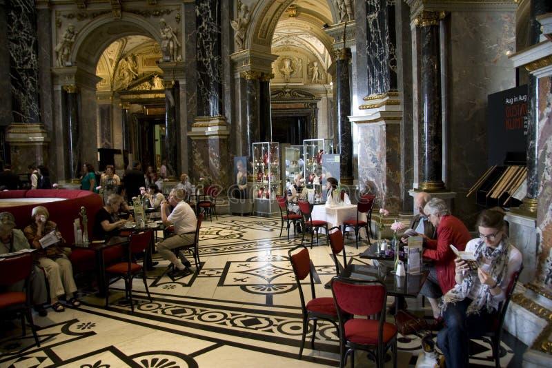 Кафетерий музея KHM стоковые фотографии rf
