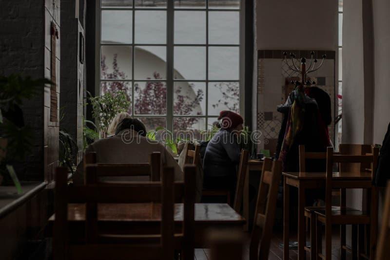Кафе во время обеденного времени стоковое фото