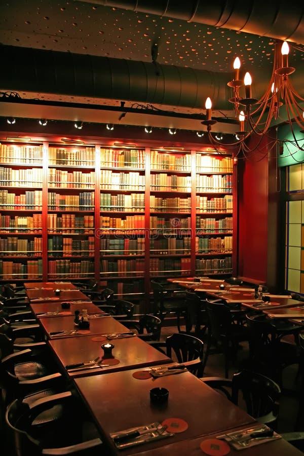 кафе книги стоковое фото