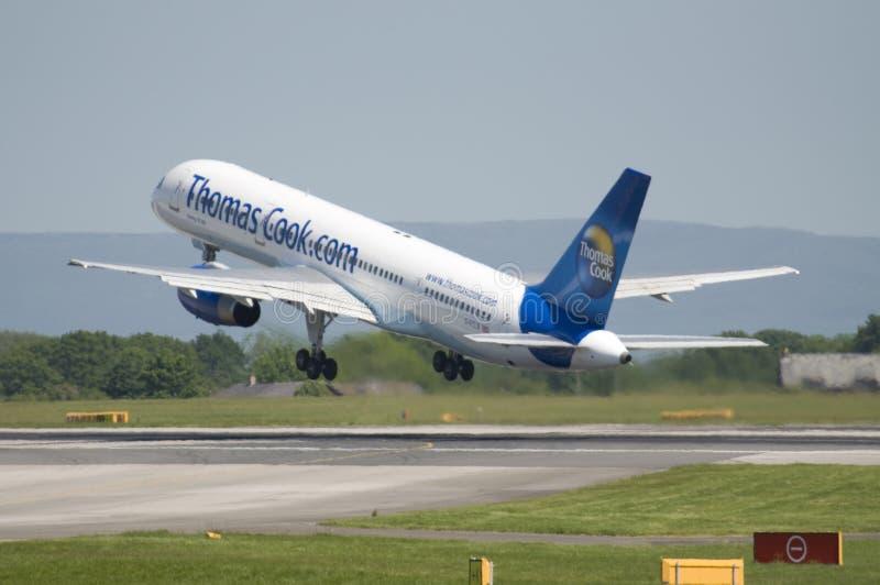 кашевар thomas Боинга 757 авиалайнеров коммерчески стоковые изображения