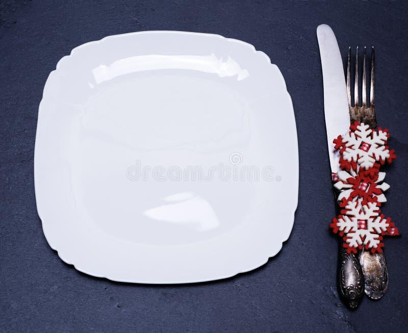 Квадратная белая пустая плита стоковое изображение rf