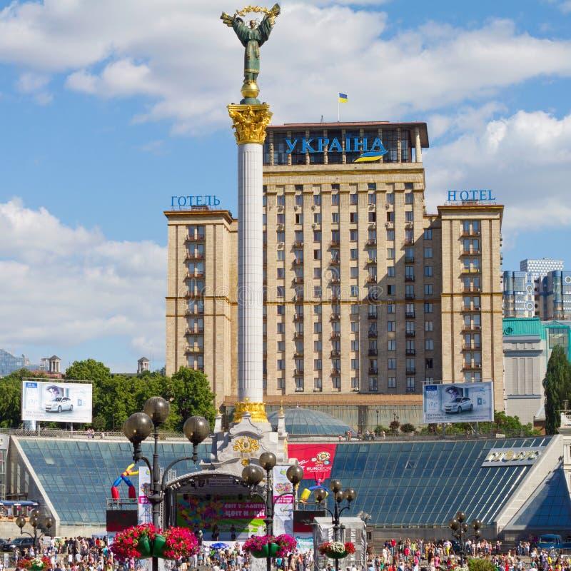 квадрат памятника независимости стоковое изображение rf