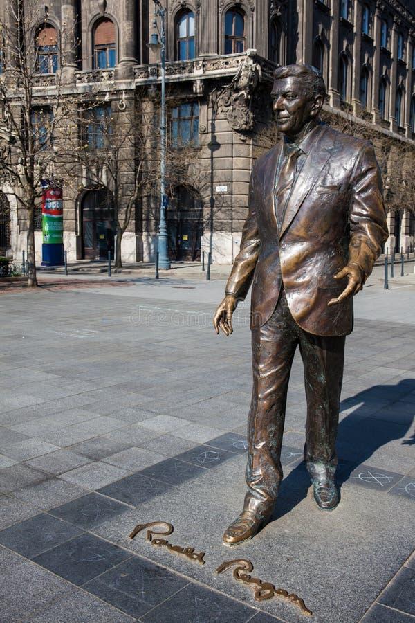 Квадрат памятника Рональда Рейгана на волю в Будапеште стоковая фотография