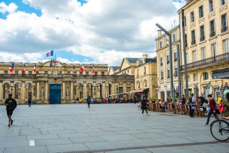 Квадрат перед городской ратушей, Бордо, Франция стоковое фото rf