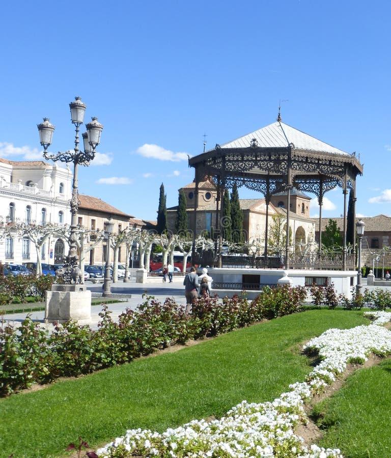 КВАДРАТ CERVANTES В ALCALA DE HENARES стоковое изображение