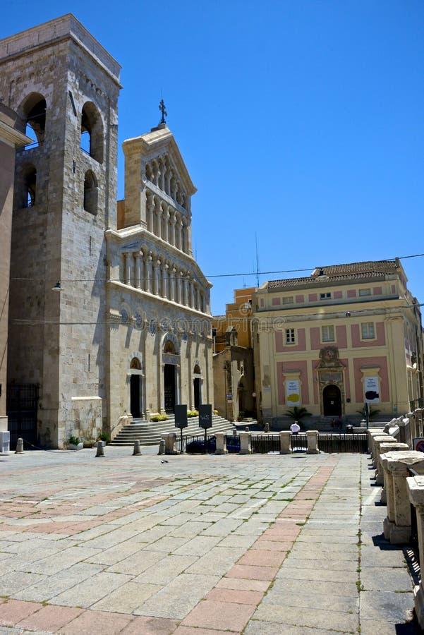 Квадрат ` s Palazzo с собором Santa Maria Assunta и Santa Cecilia стоковая фотография rf