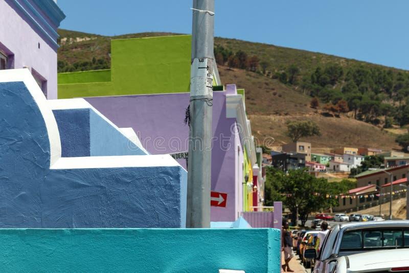 Квартал Malay, bo-Kaap, Кейптаун, Южная Африка Исторический район ярко покрашенных домов в центре города стоковое изображение rf