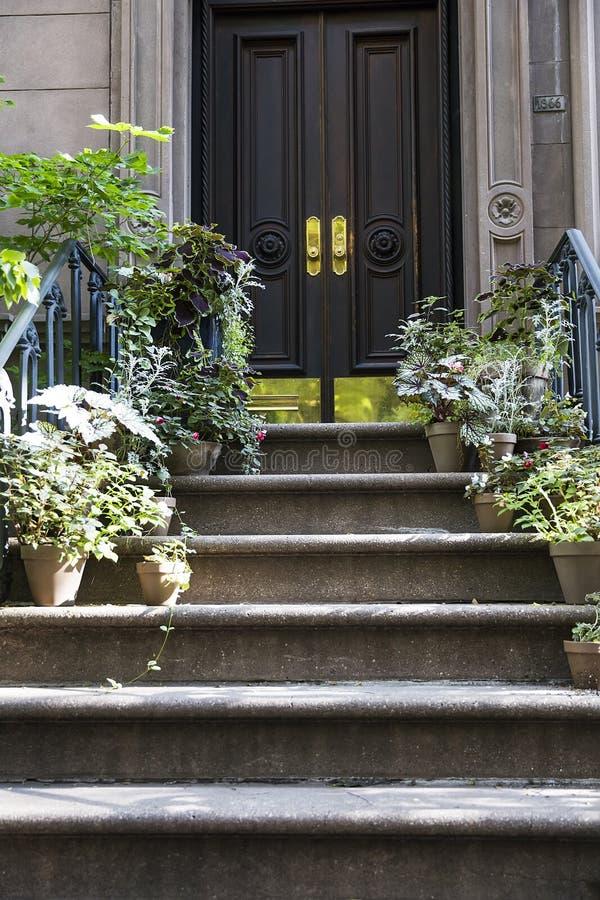 Квартира Carrie Bradshaw's от секса и города, Нью-Йорка стоковые изображения