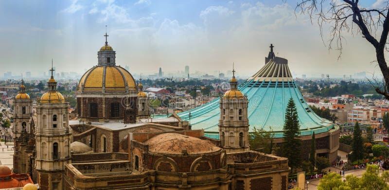 Квадрат базилики нашей дамы Guadalupe в Мехико стоковые фото