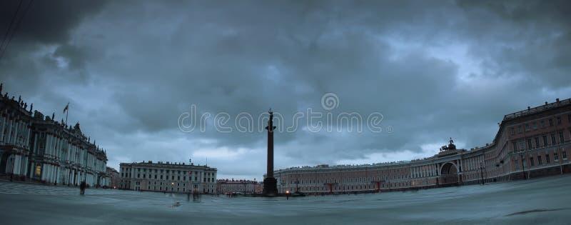 Квадрат дворца, Санкт-Петербург, Россия стоковые фото
