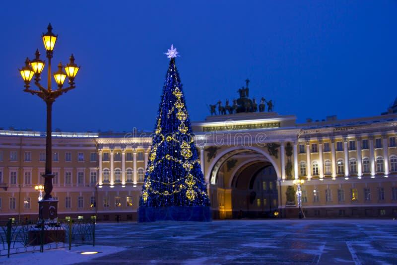 Квадрат дворца, Санкт-Петербург, Россия стоковые изображения