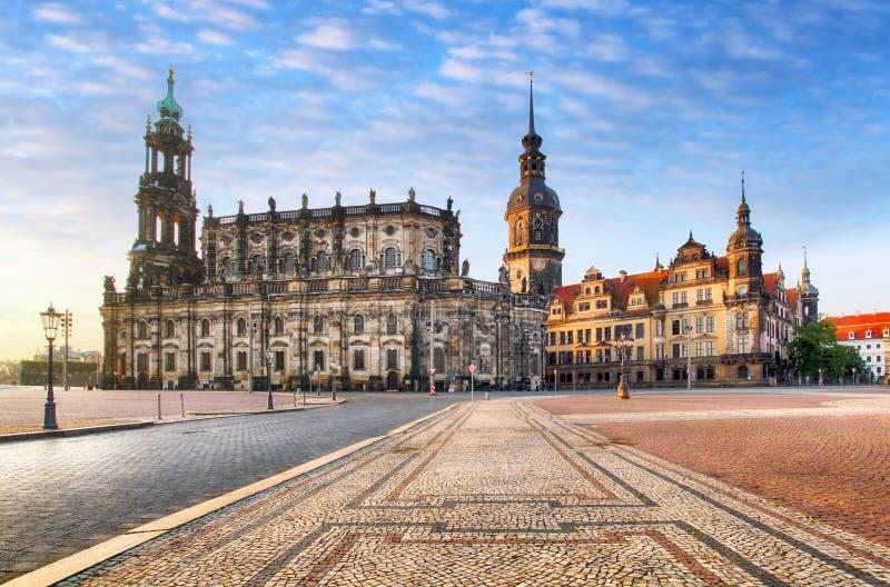 Квадрат Дрездена, Германия, Hofkirche стоковая фотография
