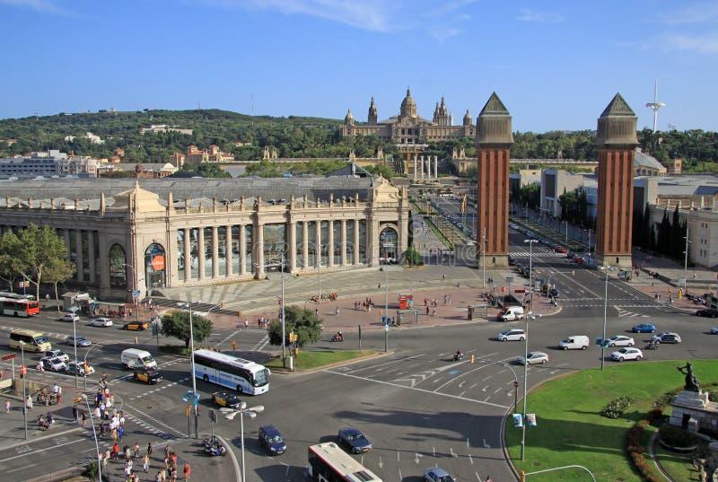 Квадрат Испании с венецианскими башнями и Национального музея искусства в Барселоне, Испании стоковая фотография rf