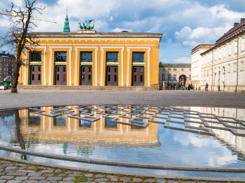Квадрат Bertel Thorvaldsen и музей Thorvaldsens стоковые изображения