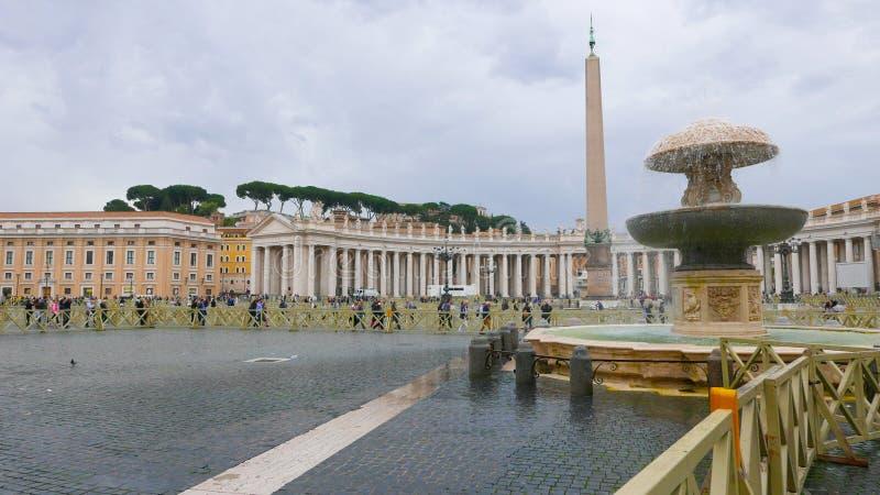 Download Квадрат St Peters в Риме на государстве Ватикан Редакционное Стоковое Изображение - изображение насчитывающей италия, roma: 81807279
