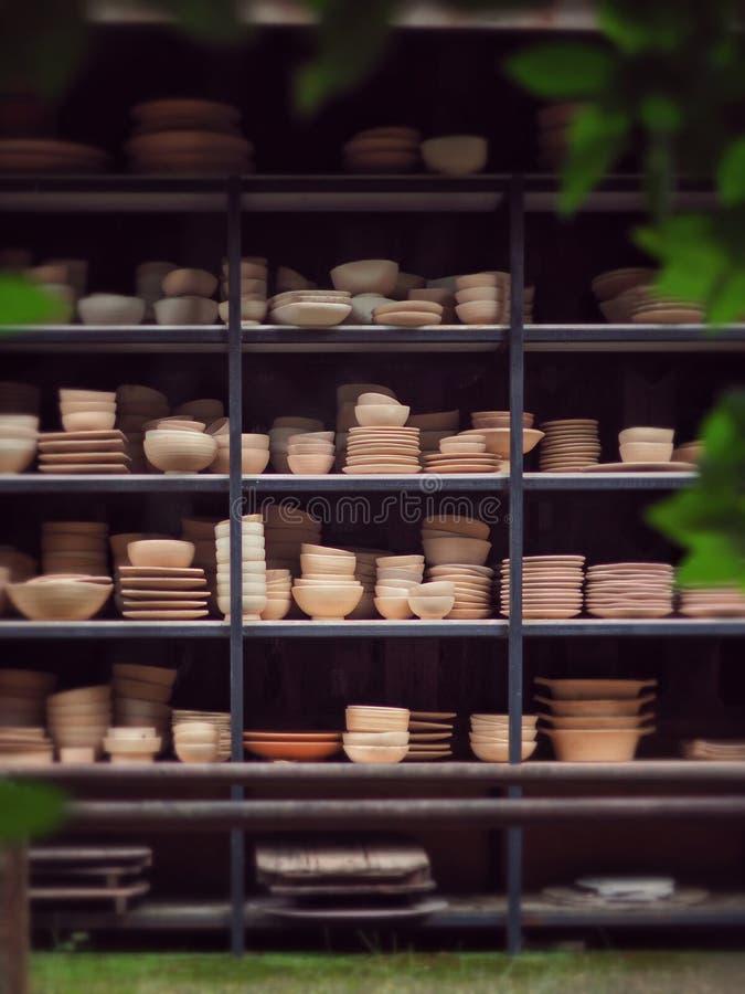 Керамическая гончарня в парке стоковое фото