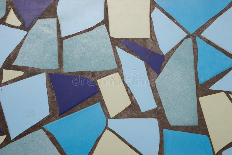 Керамическая сломанная плитка стоковое фото rf