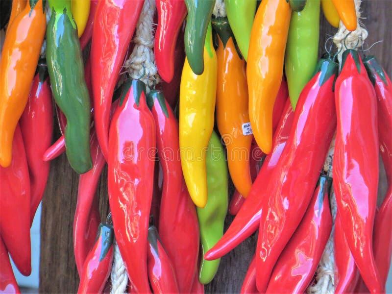 Керамические перцы chili стоковые изображения rf