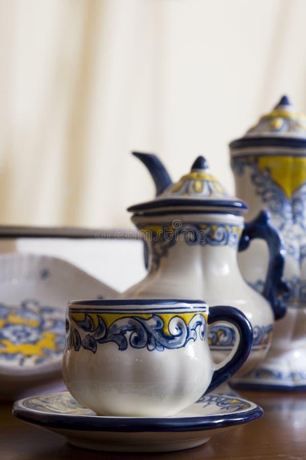 Download керамический talavera стоковое фото. изображение насчитывающей тарелка - 18384774