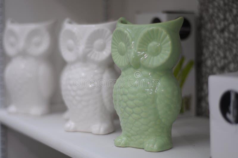 3 керамических сыча стоковое изображение