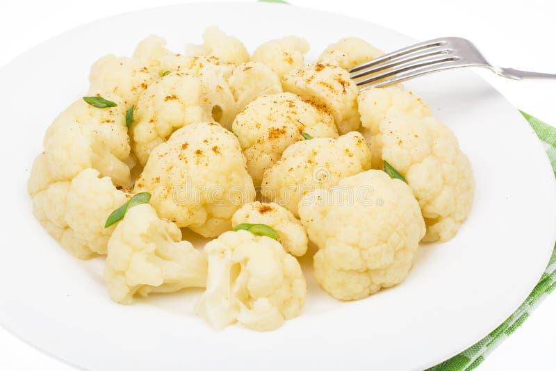 Кипеть цветная капуста для вегетарианской и диетической еды стоковые фотографии rf