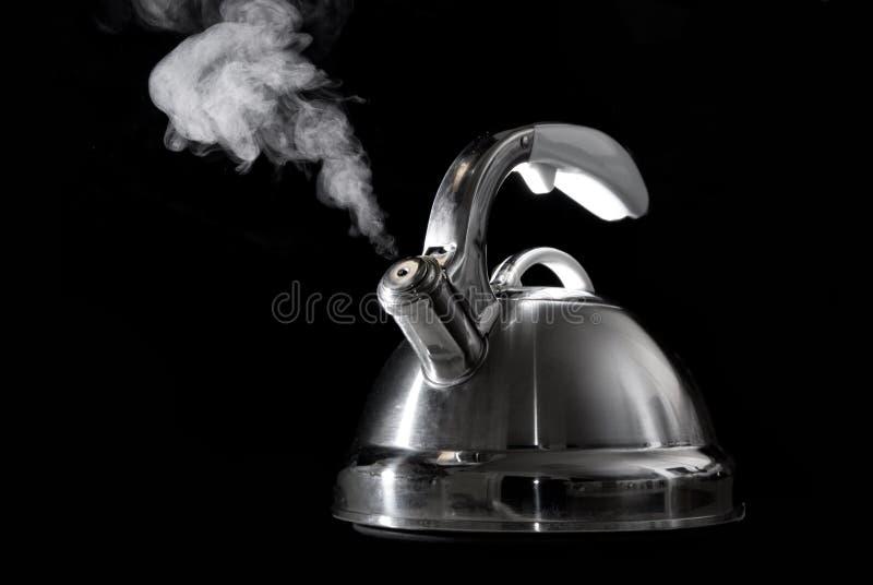 кипя вода чая чайника стоковые изображения