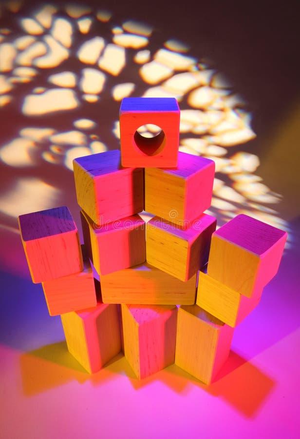 кирпичи toy деревянное стоковое изображение