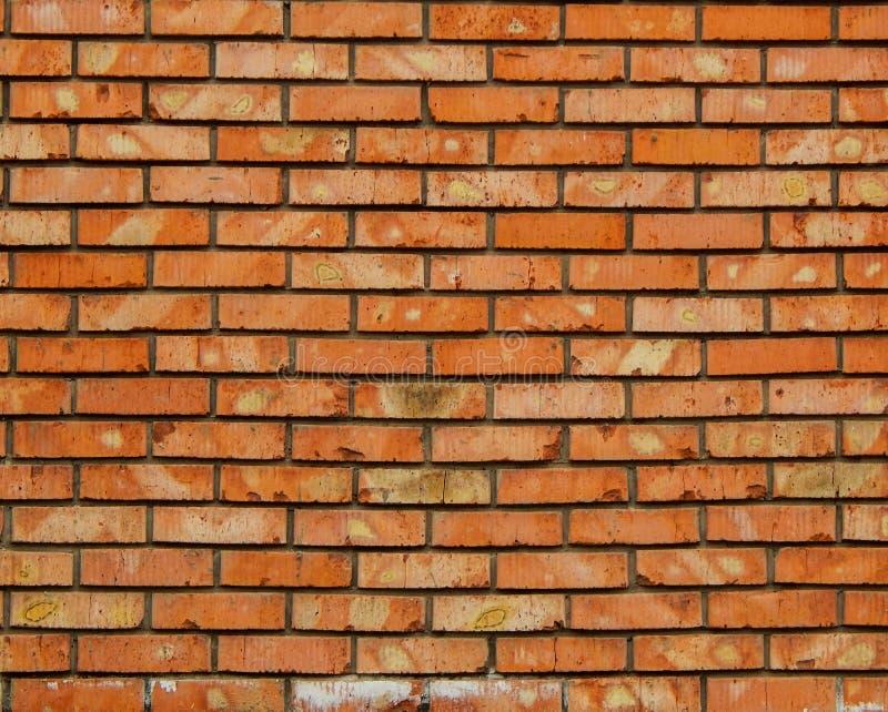 Кирпичная стена красного цвета, стена из оранжевых кирпичей, фон из кирпича, кирпичная новая, стоковая фотография rf