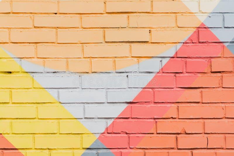 Кирпичная стена Graffity, очень малая деталь Абстрактный городской конец-вверх дизайна искусства улицы Современная иконическая го стоковое фото rf