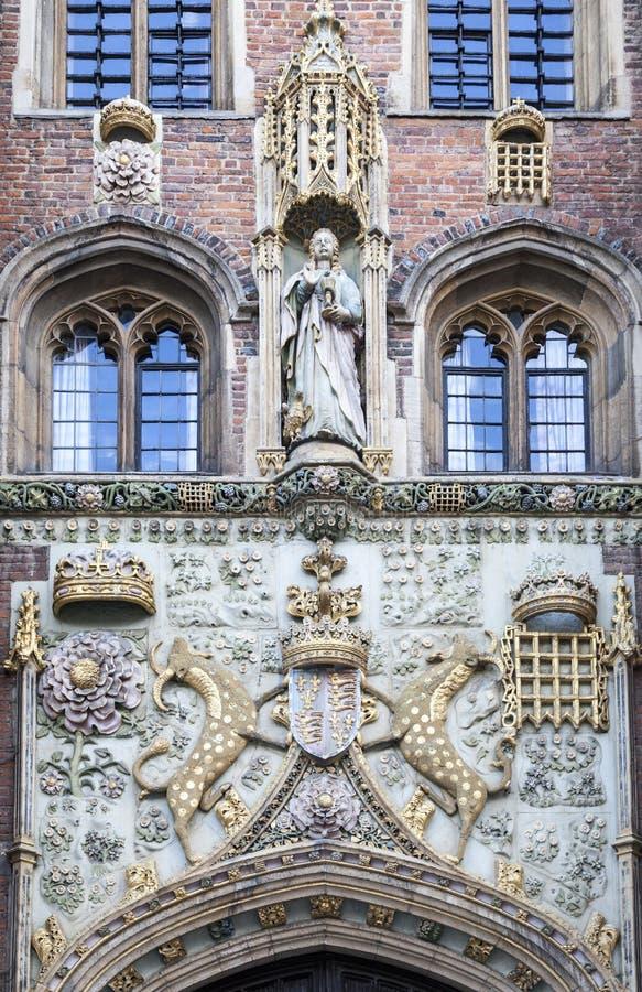 Кирпичное здание Кембриджа Англии историческое стоковые изображения rf