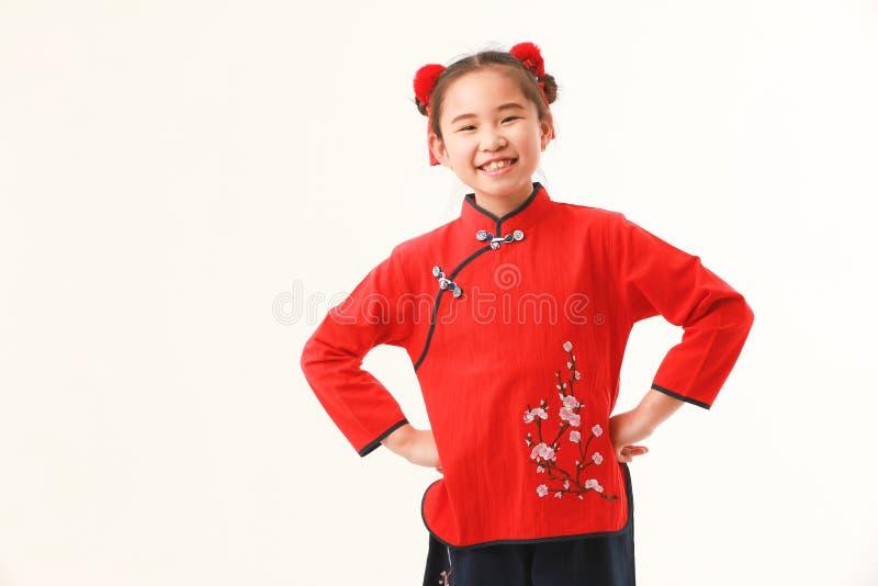 Китайская девушка на белой предпосылке стоковые изображения rf