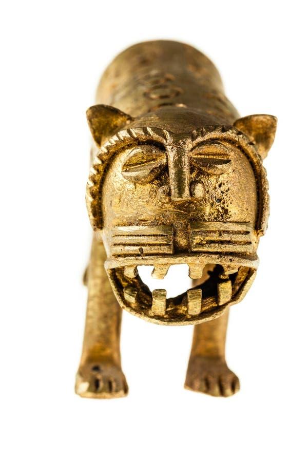 Китайская золотая статуэтка льва стоковые фотографии rf
