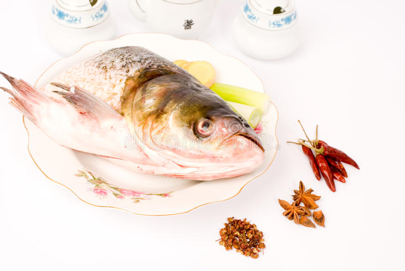 китайская испаренная головка еды рыб стоковое изображение rf