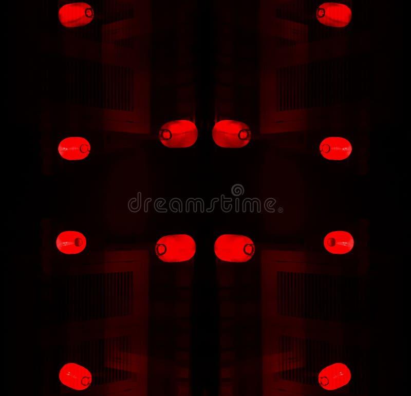 Китайская ноча: красное остервенение фонариков стоковое изображение rf