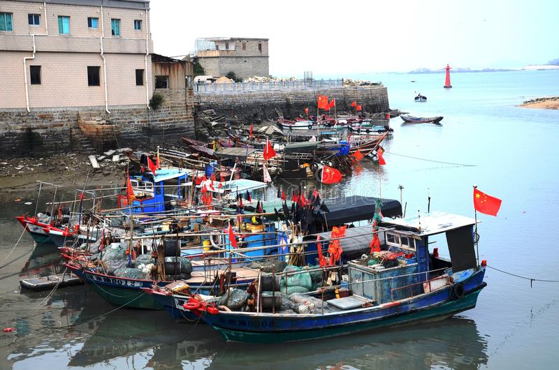 Китайская рыбацкая лодка стоковое фото