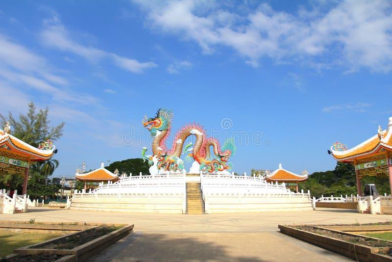 Китайская статуя в парке, парк дракона Nakornsawan, Таиланд стоковая фотография rf