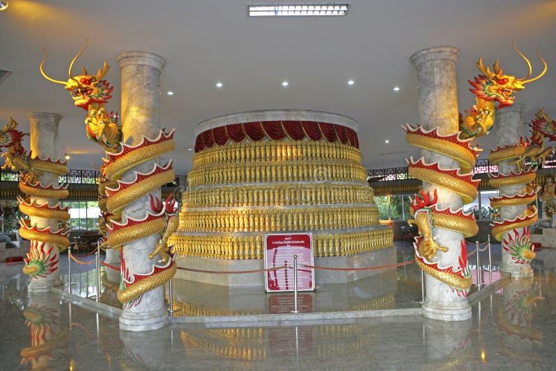 Китайские скульптуры на муниципалитете города паркуют в Hatyai стоковые изображения