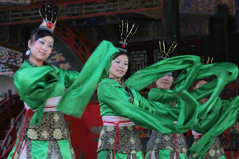 китайские танцоры женские стоковые фото