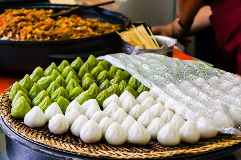 Китайские традиционные испаренные вареники стоковое изображение rf