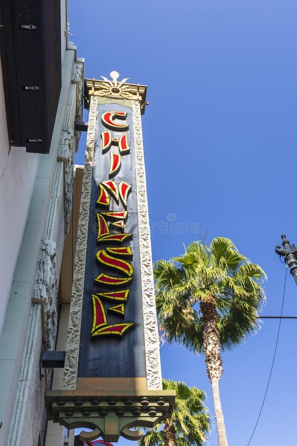 Китайский знак театра на бульваре Голливуд, Голливуд, Лос-Анджелесе, Калифорния, Соединенных Штатах Америки, Северной Америке стоковые фотографии rf