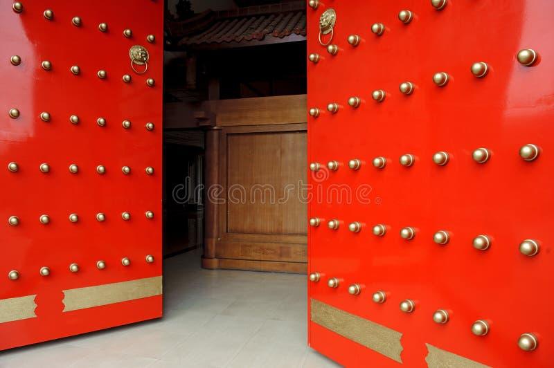 Download китайский красный цвет строба Стоковое Изображение - изображение насчитывающей шариков, цивилизация: 18388025