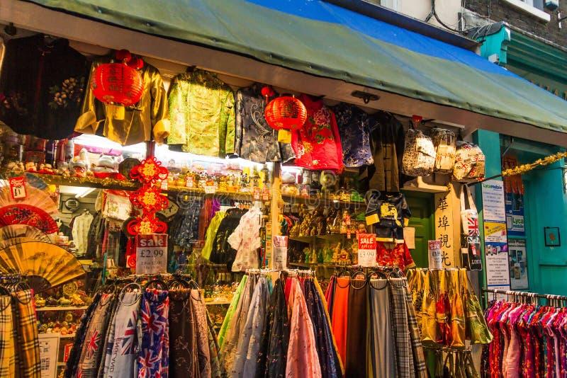 Китайский магазин сувениров на городке Китая в Soho, Лондоне, Великобритании стоковые изображения rf