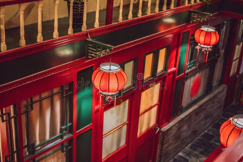 Китайский Новый Год, фонарики традиционного украшения красные восточные стоковые фотографии rf