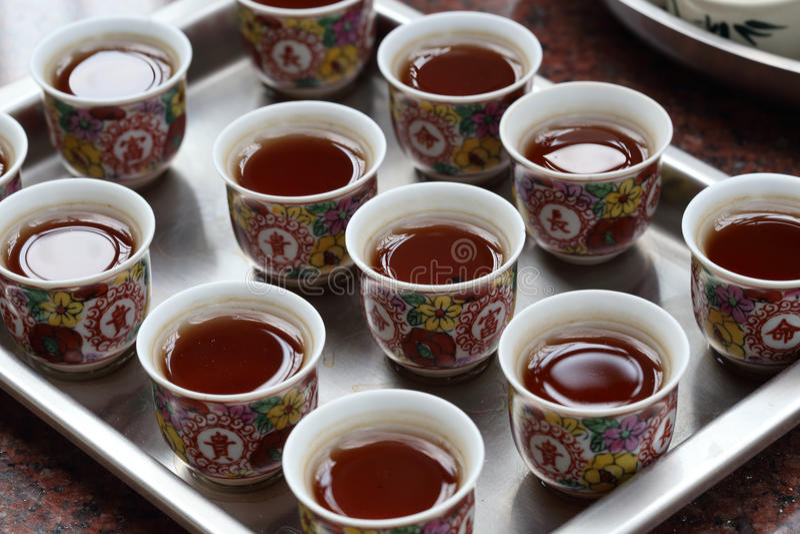 Китайский чай на виске стоковое изображение rf